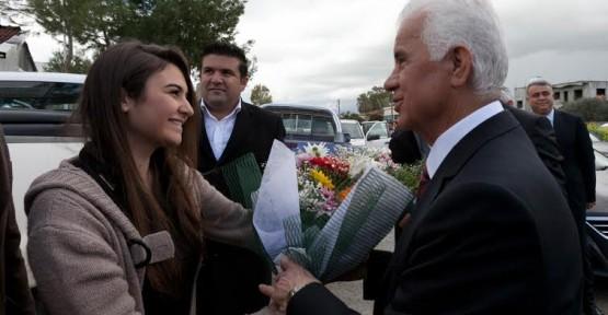 """BİRİNCİ TURDAN BİTİRECEĞİZ"""