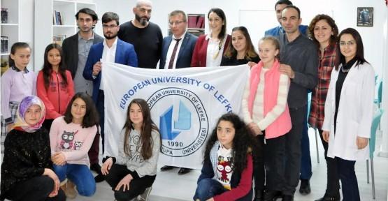 LAÜ ÖĞRENCİLERİ SAMSUN'DA KÜTÜPHANE YAPTI