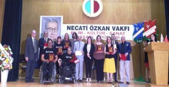 """""""NECATİ ÖZKAN BAŞARI ÖDÜLLERİ"""" SAHİPLERİNİ BULDU"""