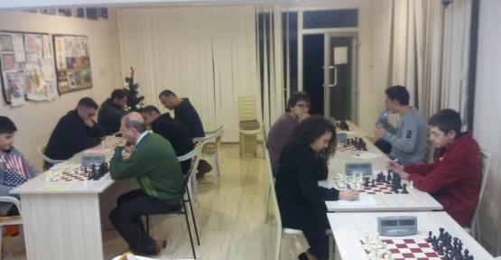 Suay'sGroup Satranç Turnuvalarında Son İki tura girildi