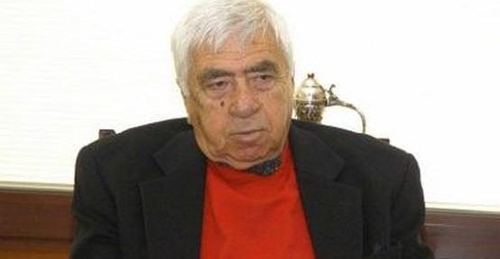 Tekin Akmansoy hayatını kaybetti