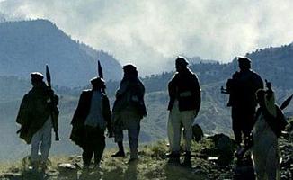 Afganistan'da 30 polis öldürüldü