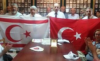 İzmirli Emekli Astsubaylar'dan Şehit Aileleri'ne ziyaret