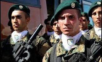 Askere yumruk atan komutan açığa alındı