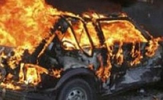 Haspolat'ta bir araç ateşe verildi