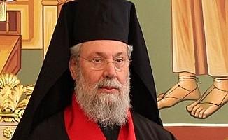 II.Hrisostomos '2 devlet' dedi AKEL ayıpladı!