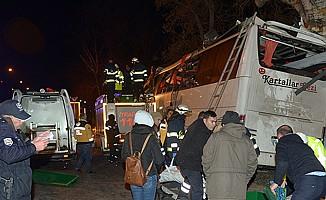 Eskişehir'de otobüs kazası 11 ölü 44 yaralı