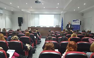 """""""Kadın, Şiddet ve Medya"""" semineri gerçekleştirildi"""