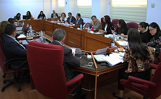 Kamu Sağlık Çalışanlar Yasası oybirliği ile onaylandı