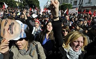 Tunuslu kadınlardan Filistin protestosu