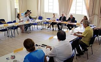 Kıbrıslı Türk ve Rum siyasi parti temsilcileri biraraya geldi
