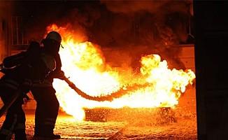 Çatalköy'de yıldırım düştü Görneç'de bir ev yandı