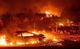Kaliforniya'da yangın: 23 kişi hayatını kaybetti!