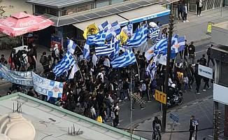 KKTC'nin kuruluşunu protesto ettiler!
