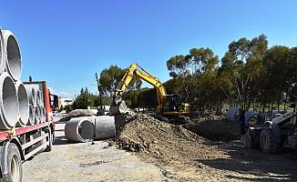 Metehan'da drenaj çalışması yapılıyor