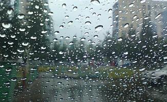 Pazar günü sağanak yağmur bekleniyor