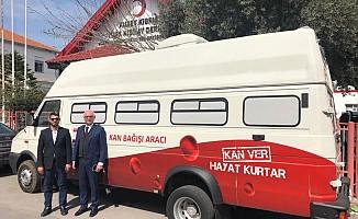 Türk Kızılay'ından Kan Alım Aracı bağışı