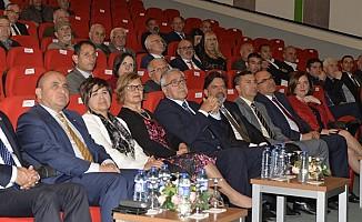 Akıncı ve eşi Ahmet Sami Topcan'ın belgesel gösterimine katıldı
