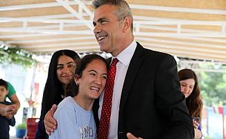 Uluçay, 18 yaş üstü engelli merkezi'ini ziyaret etti