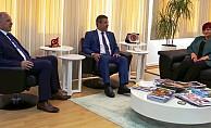 Ertuğruloğlu, Kosovalı milletvekillerini kabul etti