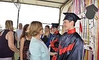 Akıncı, Özel Eğitim ve İş Eğitim Merkezi'nin mezuniyet törenine katıldı