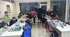 Altın Piyon Satranç Derneği – Suay's Group Satranç turnuvaları
