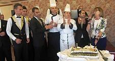 MERİT LEFKOŞA HOTEL'DEN  ÖĞRETMENLER GÜNÜ SÜRPRİZİ