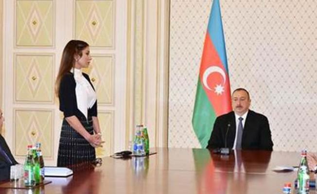 Aliyev eşini Cumhurbaşkanı yardımcısı atadı...