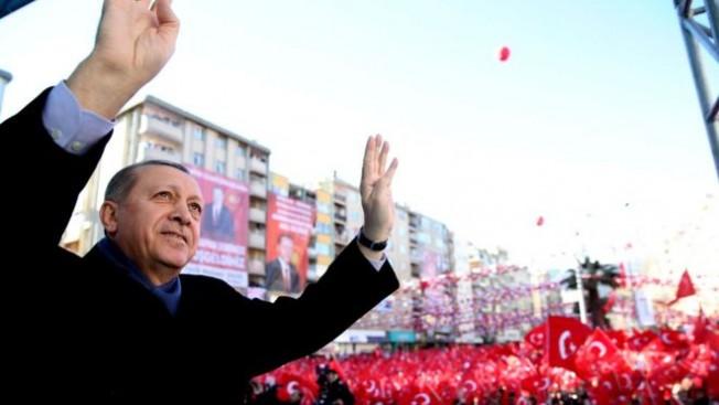 """""""Cumhuriyet'i koruyoruz..."""""""