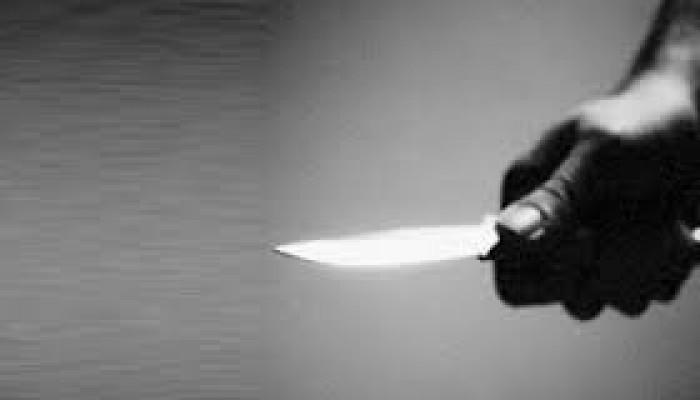 Ekmek bıçağı ile yaraladı...