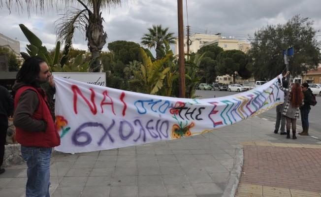 """""""Ne Taksim Ne Enosis Bağımsız Birleşik Federal Kıbrıs"""""""