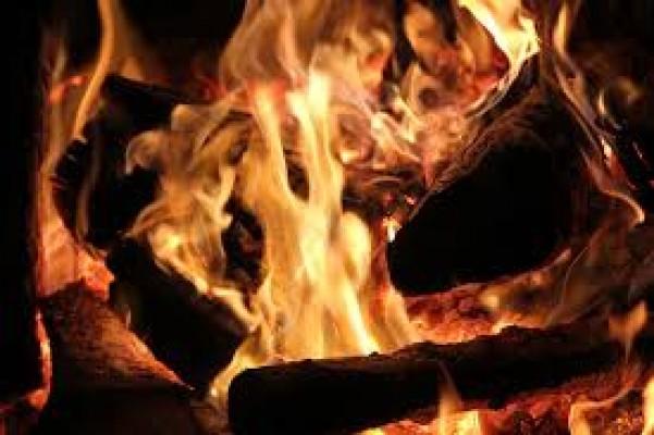 Şömine yangına neden oldu...