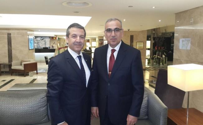 Ertuğruloğlu, İzmir'de bir dizi temaslarda bulundu