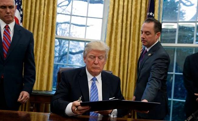 """""""Trump Görevden alınabilir"""""""