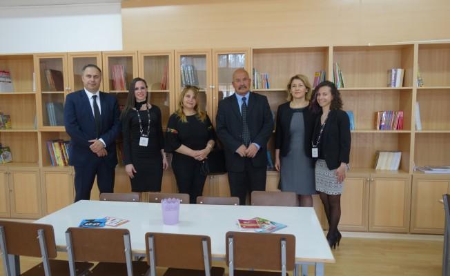 Aydınköy İlkokulu'nun kütüphanesi yenilendi