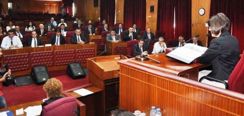 Çalışma Dairesi ile  Sosyal Sigortalar yasa tasarısı oybirliğiyle kabul edildi