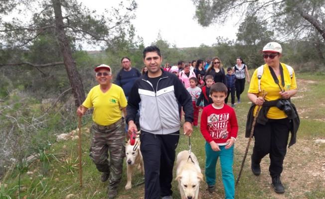 Çocuklara doğa yürüyüşü düzenlendi