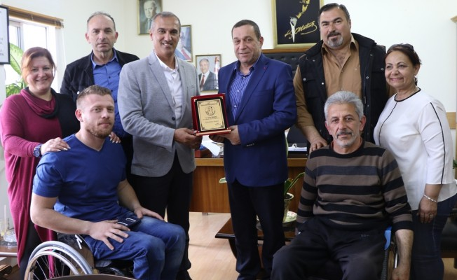 Engelliler Federasyonu Denktaş'ı ziyaret etti