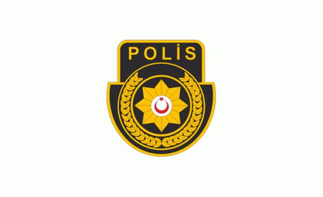Ercan'da uyuşturucu, 2 kişi tutukluklandı