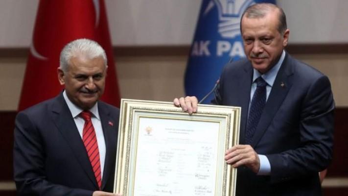 Guardian: Erdoğan gücü eline alıyor...