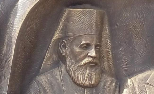 İstanbul'da Makarios heykeli!