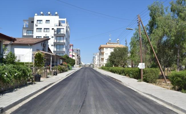 Lefkoşa'da asfaltlama çalışmaları sürüyor