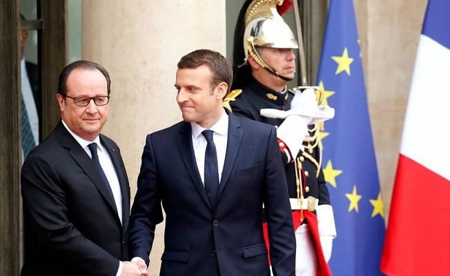 Macron görevi devraldı