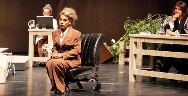 15. Kıbrıs Tiyatro Festivali sürüyor