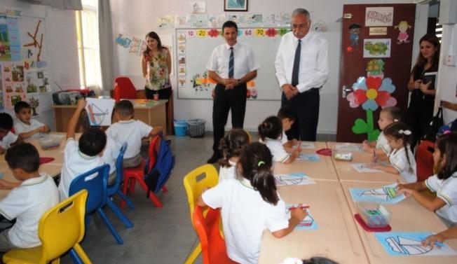 Güngördü okullara ziyarette bulundu
