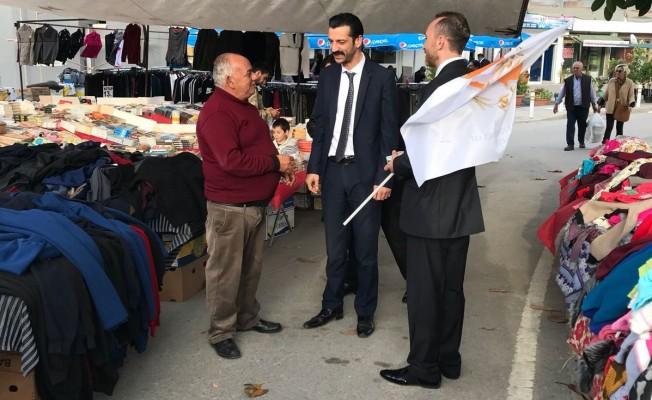 MDP adayları Girne pazarını ziyaret etti