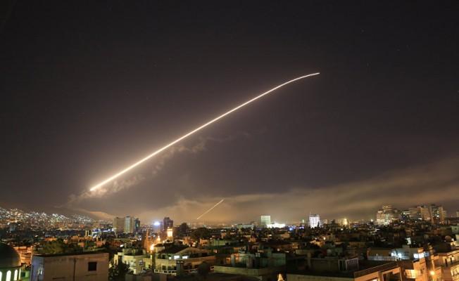 ABD, Suriye'yi vurdu!