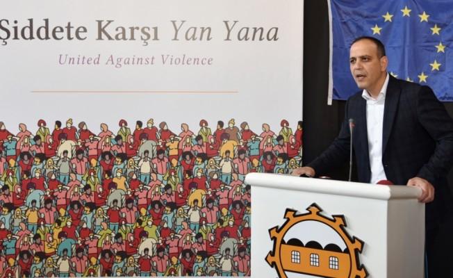 """""""Şiddete Karşı Yan Yana Projesi"""" tanıtıldı"""