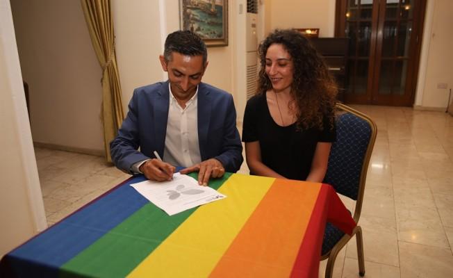 "'LGBTİ Protokolü""ne Karaman da imza attı"