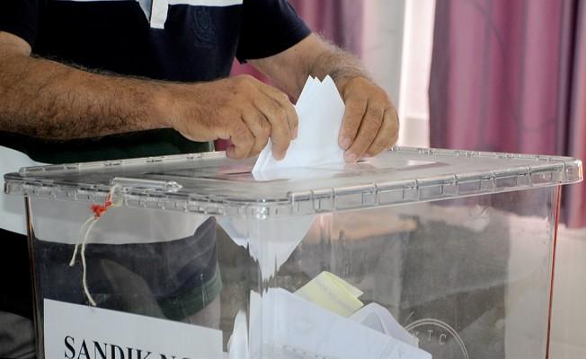 Tatlısu'da oy sayımı tamamlandı. Orçan yeniden başkan.